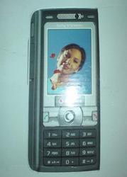 K800i  Sony Ericsson K800i